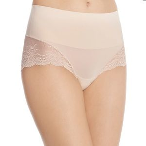 New Spanx Undie-Tectable Lace Hipster Briefs L